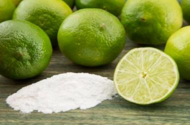 Mito ou verdade: Bicarbonato com limão clareia os dentes?
