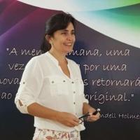 Dra. Evelyn Rezende de Lacerda